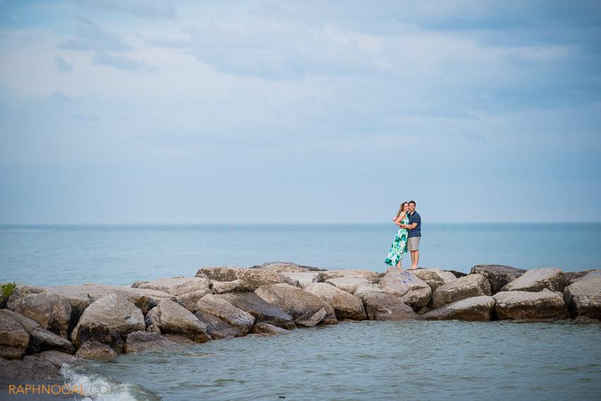 lake-engagement-photos-toronto-editorial-8