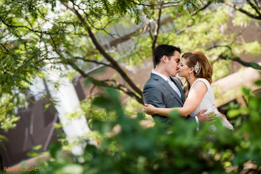 berkeley-fieldhouse-wedding_donnay-andrew-10