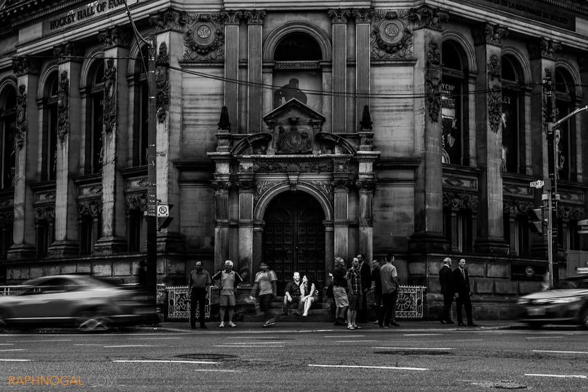 downtown-toronto-engagemnet-photos-6