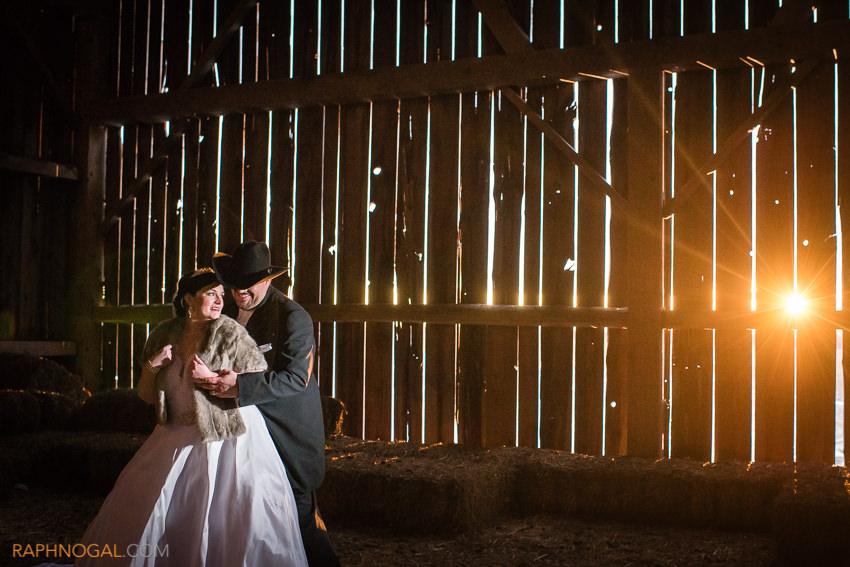 winter-wedding-toronto-photographer-18