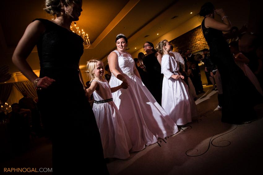 winter-wedding-toronto-photographer-21