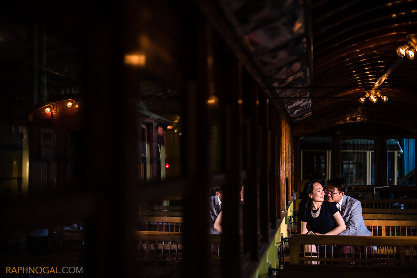 halton-railway-museum-engagement-photos-3