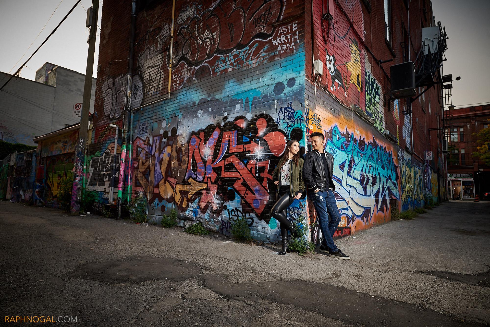 Graffiti Alley Engagem...