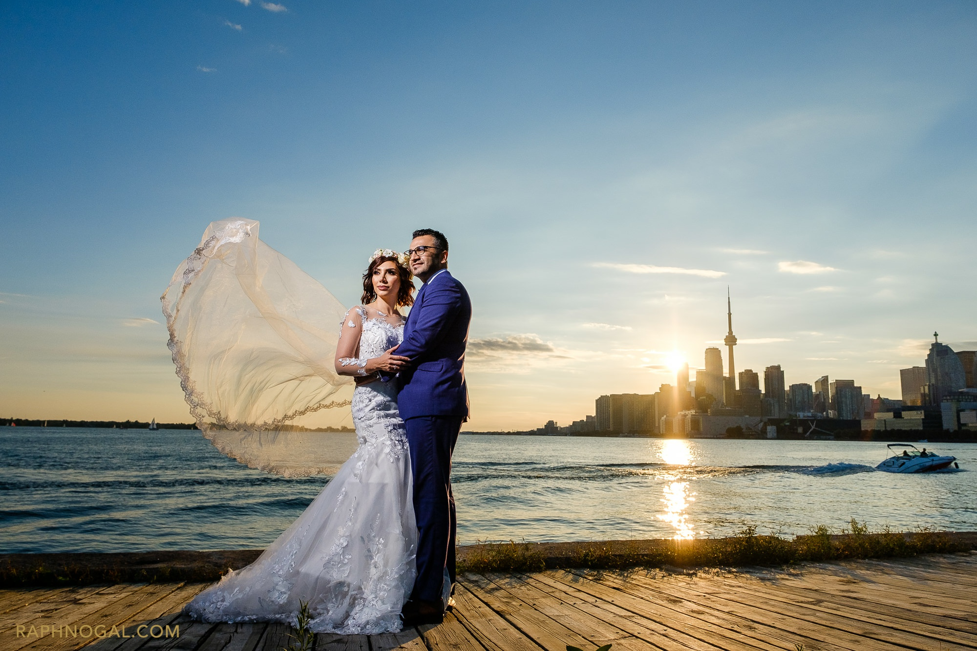 Post-Wedding Downtown Photoshoot: Ava & Amin - Toronto | Raph ...