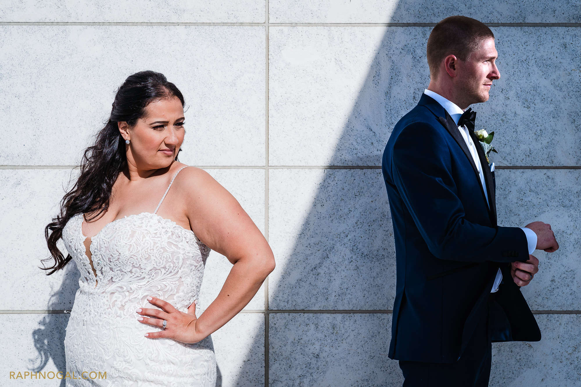 Bride in sun and groom in shade at Aga Khan Museum